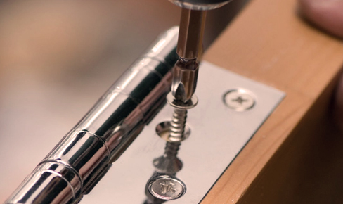 врезка петель, door hinge mounting