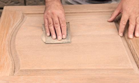 door grinding - Монтаж окон и дверей в деревянном доме